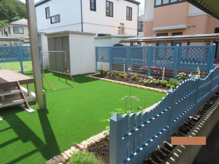 子育て世代の楽しく遊べるお庭